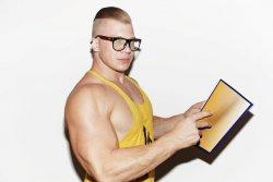 3 Top Bodybuilding Bücher die du gelesen haben musst!