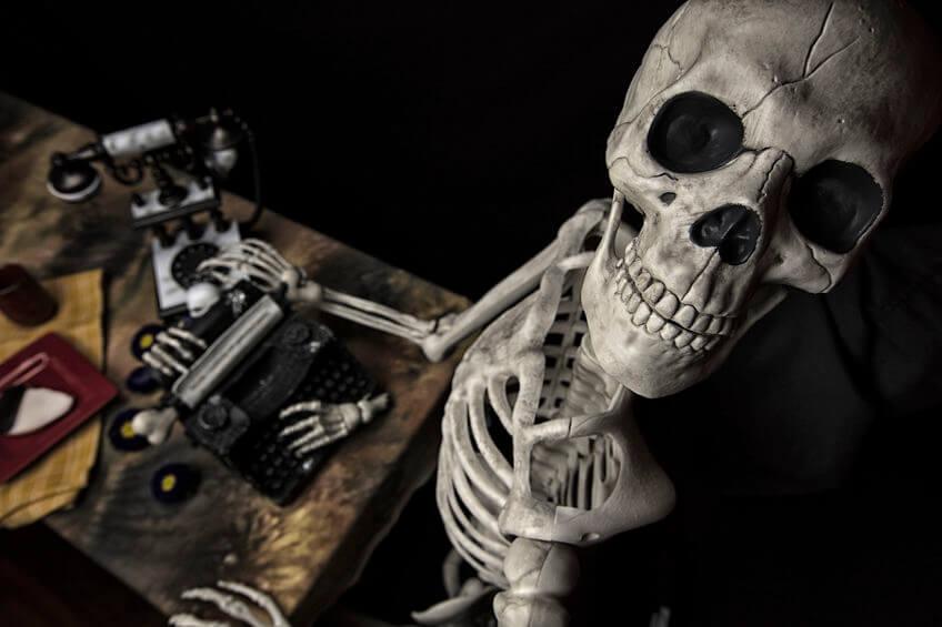 Lebensgefahr: Warum das tägliche Sitzen dein Tod sein wird!